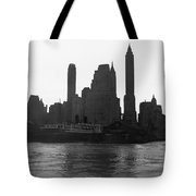 New York Silhouette At Dusk Tote Bag