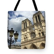 Notre Dame And Lamppost Tote Bag