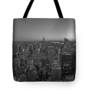 Nyc Sunset Bw Tote Bag
