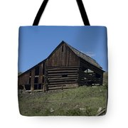 Old Barn 1 Tote Bag