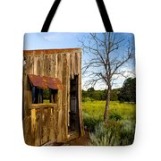 Old Barn And Tree Tote Bag