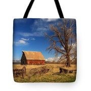 Old Barn In Chester Tote Bag