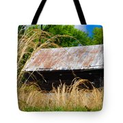 Old Barn In Roxborough Tote Bag