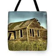 Old Home Falling In Tote Bag
