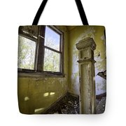 Old House 6 Tote Bag