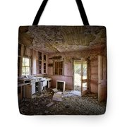 Old House 8 Tote Bag