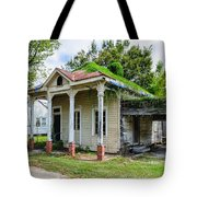 Old House Donaldsonville La-historic Tote Bag