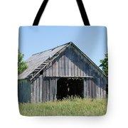 Old Iowa Barn Tote Bag