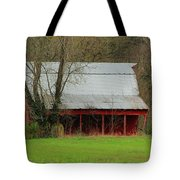 Old Red Barn In Jefferson County Tote Bag