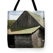 Old Virginia Barn Tote Bag