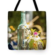 Outdoor Table Setting Tote Bag