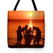 Outrigger Sunset Silhouet Tote Bag