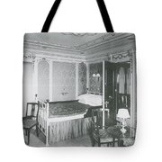 Parlour Suite Of Titanic Ship Tote Bag by Photo Researchers