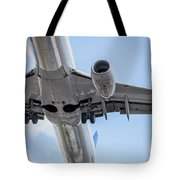 Passenger Jet Coming In For Landing 7 Tote Bag