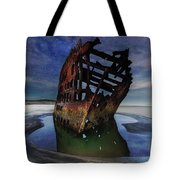 Peter Iredale Shipwreck Under Starry Night Sky Tote Bag