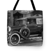 Photographer's 1928 Truck Tote Bag