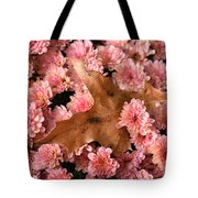 Pink Chrysanthemums With Pin Oak Leaf Tote Bag