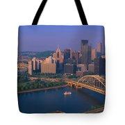 Pittsburgh,pennsylvania Skyline Tote Bag