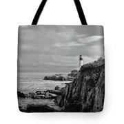 Portland Head Lighthouse - Cape Elizabeth Maine In Black And White Tote Bag