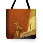 Praying Mantis II Tote Bag