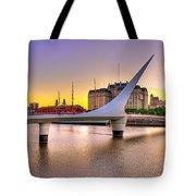 Puente La Mujer Tote Bag