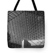 Pyramide Du Louvre Tote Bag