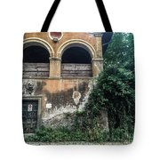 Queen Via Appia Tote Bag
