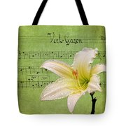 Raindrops On Lily Tote Bag