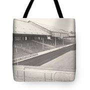 Reading - Elm Park - Tilehurst Terrace 1 - Bw - 1970 Tote Bag