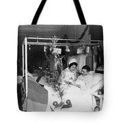 Red Cross: Christmas Tote Bag