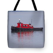 Red Tug On Lake Superior Tote Bag