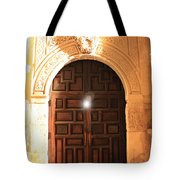 Remembering The Spirit Of The Alamo Tote Bag