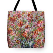 Rose Bouquet In Glass Vase Tote Bag