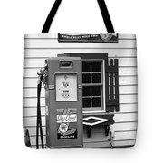 Route 66 - Illinois Vintage Pump Bw Tote Bag