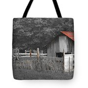 Rural Serenity Black And White Version - Red Roof Barn Rustic Country Rural Tote Bag