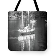 Sail Boat Yaht Parked At Harbor Bay Tote Bag