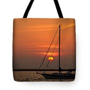 Sailboat Sunrise Chicago Tote Bag
