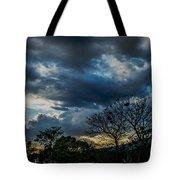 San Salvador Sunset 5 Tote Bag