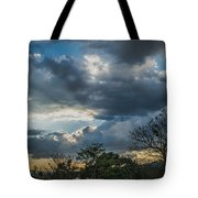 San Salvador Sunset Tote Bag