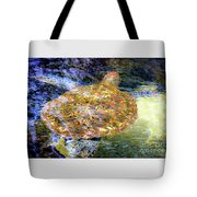 Sea Turtle In Hawaii Tote Bag