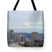 Seattle Skyline With Mt Rainier In Clouds Tote Bag