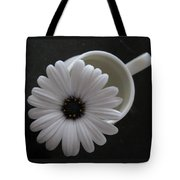 Simple White Daisy Tote Bag