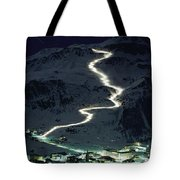 Skiers Bearing Torches Ski Down Mont Tote Bag