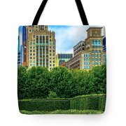 Skyline From Lurie Garden Dsc2670 Tote Bag