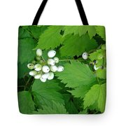Snow White Berries Tote Bag