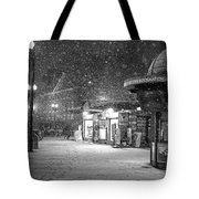 Snowfall In Harvard Square Cambridge Ma Kiosk Black And White Tote Bag