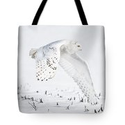 Snowy Flight Tote Bag