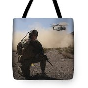 Solders Are Inserted By A Ch-53 Super Tote Bag
