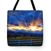 Sun Beams In The Sky At Sunset Tote Bag