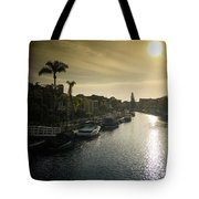 Sun Setting Over Canals Of Naples In Long Beach, Ca Tote Bag
